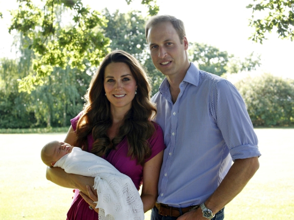 f110c51b8811af4cf3c0cd1c0136801c_04_kate_middleton_prince_george_prince_william